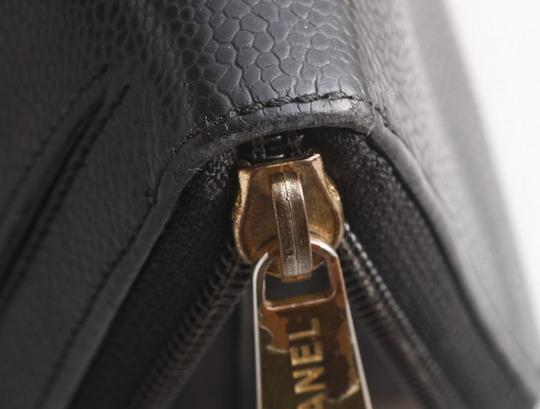 Chanel Authentic CHANEL Caviar Skin Genuine Leather Zip-Around Long Wallet Image 6