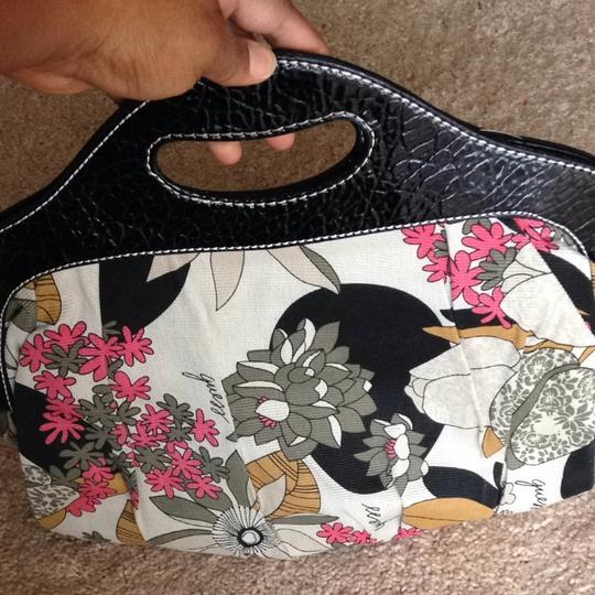 Guess Black Handle With Floral Back Ground Clutch