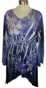 CLOSET FULL Hi Lo Hemline Sublimination Embellished Tunic