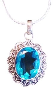 8CT Flawless Blue Topaz 925 Solid Sterling Silver Detailed Design Pendant Neckace