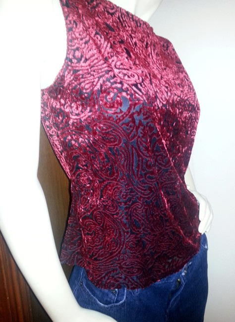 A. Byer Top Red