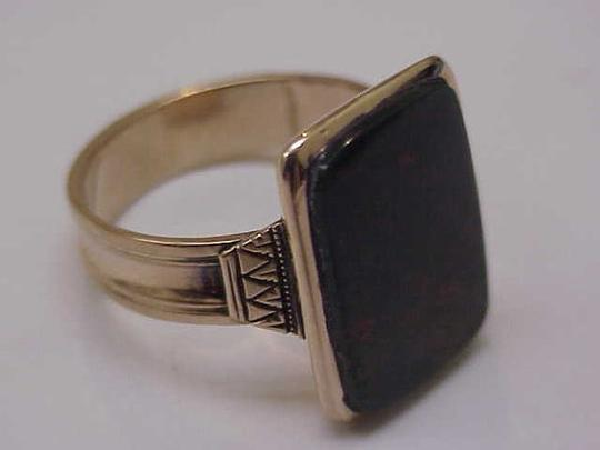 Victorian Mens 12k Gold Genuine Bloodstone Fancy Engraved 1800s Ring
