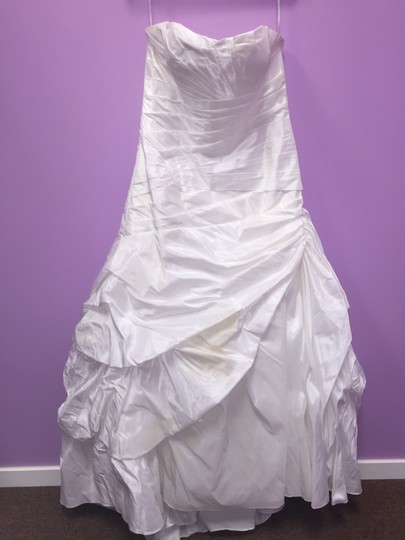 Mon Cheri Diamond White Taffeta Dropped Waist Modern Wedding Dress Size 14 (L)