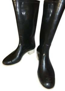 Chanel BLACK RAIN BOOTS SIZE 37 Boots