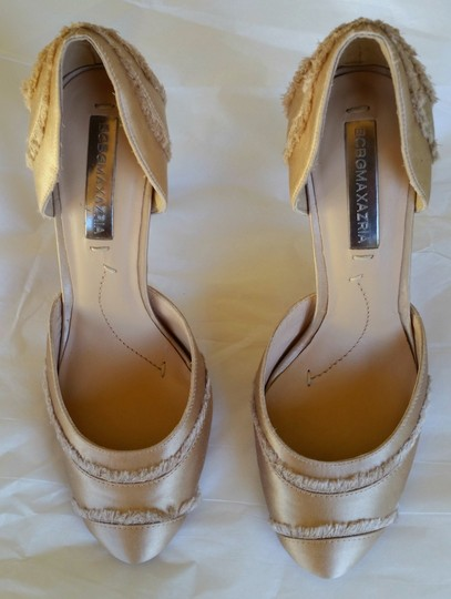 BCBGMAXAZRIA Blush Satin Amaris Beige Pumps Image 1