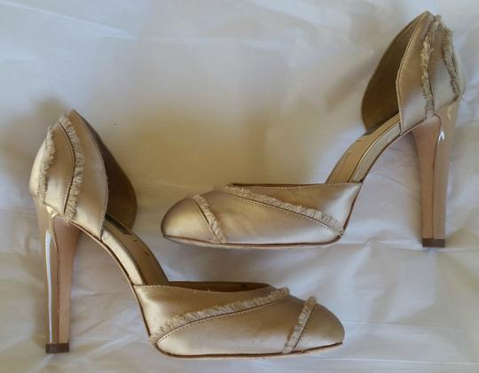 BCBGMAXAZRIA Blush Satin Amaris Beige Pumps Image 2