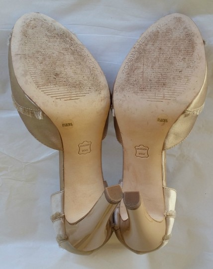 BCBGMAXAZRIA Blush Satin Amaris Beige Pumps Image 4