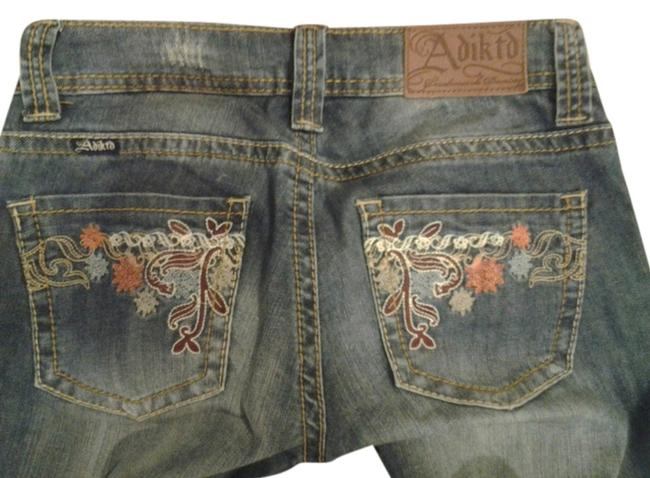 Item - Medium Wash Embroidered Pockets Low Rise Cowgirl Boot Cut Jeans Size 26 (2, XS)