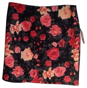 Forever 21 Mini Skirt Black floral