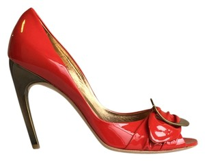 Roger Vivier Gold Patent Italian Leather Curved Heel Buckle red & bronze Pumps