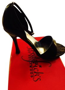 Frederick's of Hollywood New In Box Patent Black Pumps
