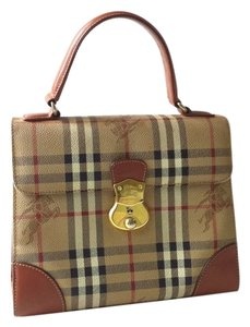 Burberry Kelly Bag - Satchel