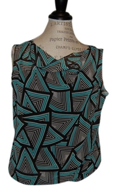 Preload https://item1.tradesy.com/images/banana-republic-green-and-black-blouse-size-8-m-752765-0-0.jpg?width=400&height=650
