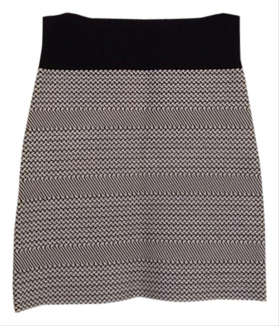 BCBGMAXAZRIA Mini Skirt Black and white