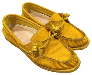 Sperry Boat Collaboration yellow Flats