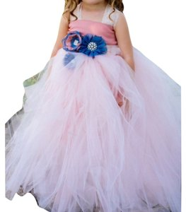 hand made tutu dress for little girls. size 2T and 3T Dress