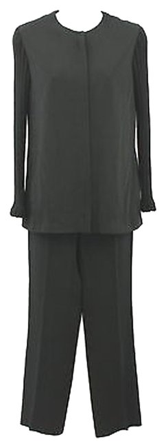 Preload https://img-static.tradesy.com/item/7534207/les-copains-black-trend-by-wool-knit-sleeves-40-pant-suit-size-6-s-0-1-650-650.jpg