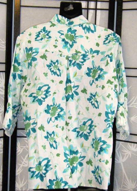 Kim Rogers Petite Large Top IVORY W GREEN FLOWERS Image 1