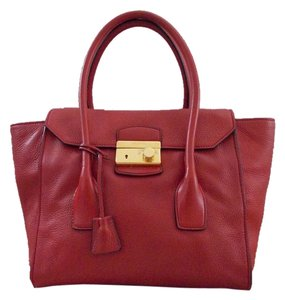 Prada Tote in Fuoco/Red