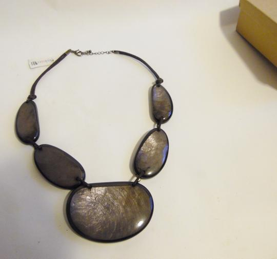 Other 21 Inch Resin Stone Statement Necklace Image 1