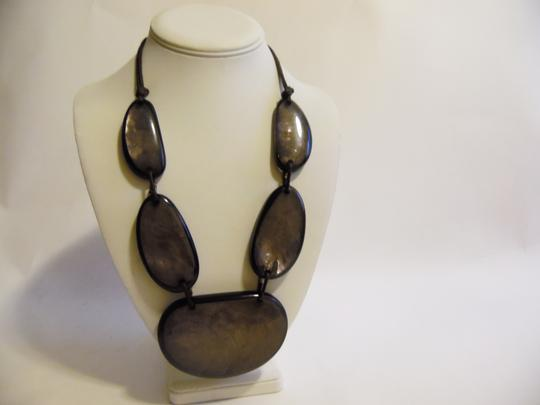Other 21 Inch Resin Stone Statement Necklace Image 5