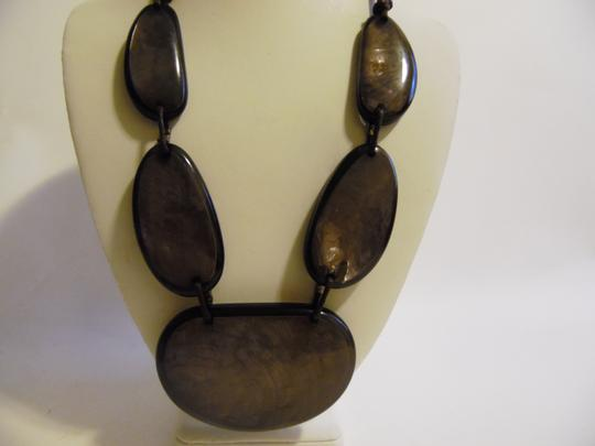 Other 21 Inch Resin Stone Statement Necklace Image 8