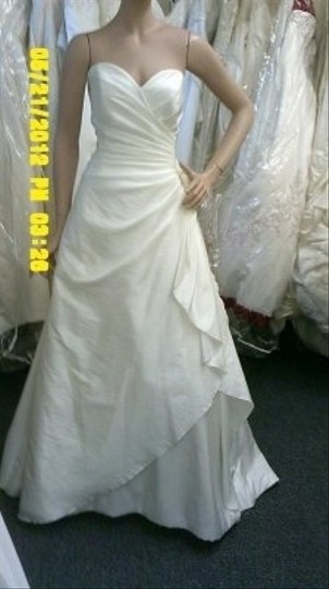 Diamond/Silk White Taffeta Essence Collection By Bonny Formal Wedding Dress Size Other