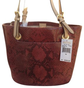 Michael Kors Patent Leather Jet Set Item Tote in Red