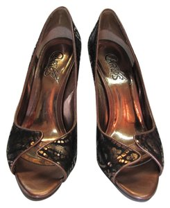 Carlos by Carlos Santana Leather Size 7.50 M Copper, Black Pumps