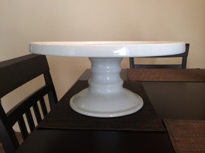 14 white ceramic cake stand for sale
