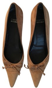 Stuart Weitzman Light Brown / Camel Suede Pumps
