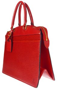 Louis Vuitton Riviera Tote in Red
