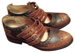 John Fluevog Adriana Alli Brogues Vintage Perfection Brown and navy Flats