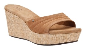 UGG Australia Chesnut Wedges