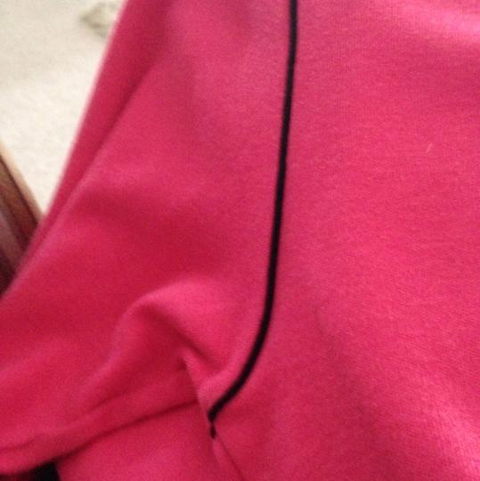 well-wreapped Skyr Hot Pink/black. Long Sleeve - 38% Off Retail