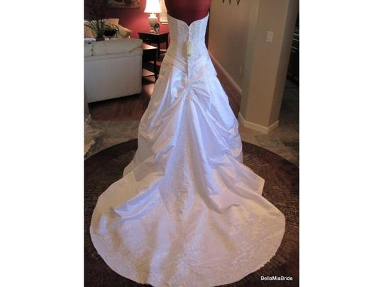 Casablanca Casablanca Satin Dress Including Veil Wedding Dress