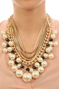 Pearlescent Necklace