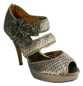 Poetic License Vintage Style Holiday pewter Pumps