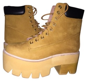 Jeffrey Campbell tan Boots