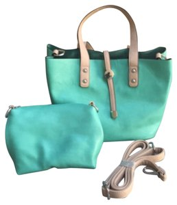 Charming Charlie Satchel in Mint