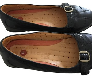 Clarks Leather Structured Black Flats