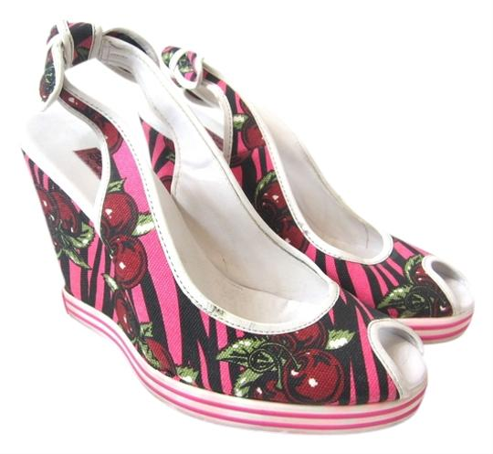 Preload https://item5.tradesy.com/images/betsey-johnson-hot-pink-black-cherry-wedges-757429-0-0.jpg?width=440&height=440