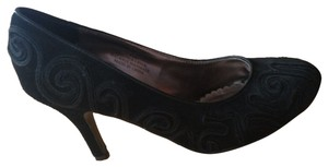 Laura Ashley Black Pumps
