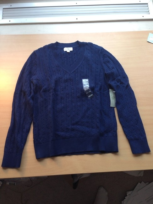 Preload https://item1.tradesy.com/images/sweaterworks-dark-blue-v-neck-cable-knit-sweaterpullover-size-8-m-757700-0-0.jpg?width=400&height=650