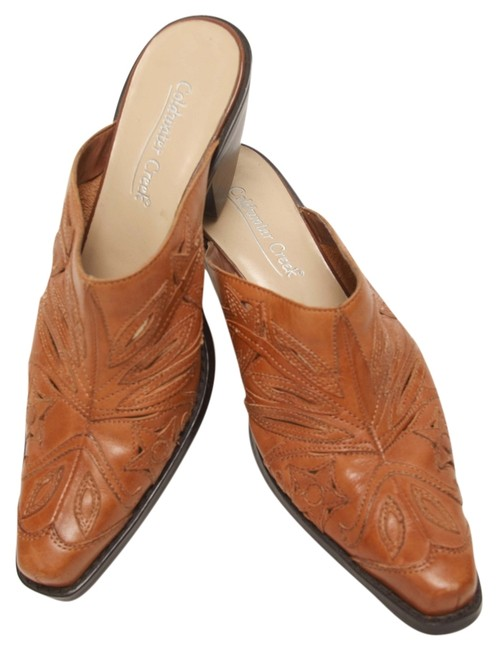 Item - Camel Leather Boot Mules/Slides Size US 7.5