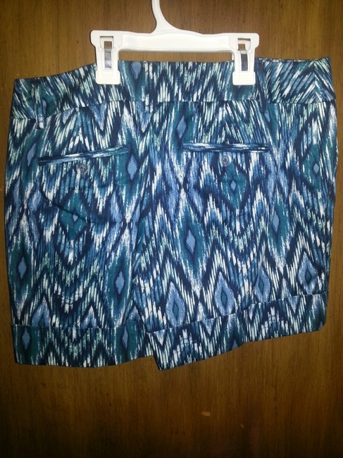 Apt. 9 Dress Shorts blue multi print