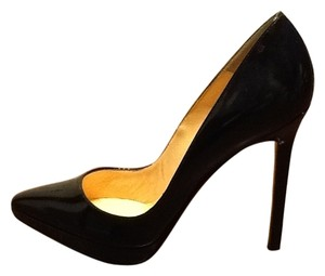 Christian Louboutin Blk Pumps