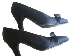 Chanel Bow Black Heels Cap Toe Black Silk Pumps