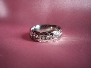 New White Austrian Crystal Stainless Steel Ring (size 7)