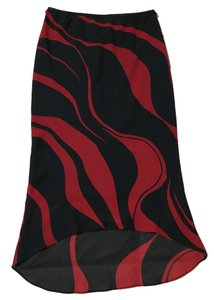 Xi Swirl High-low Skirt Black and red
